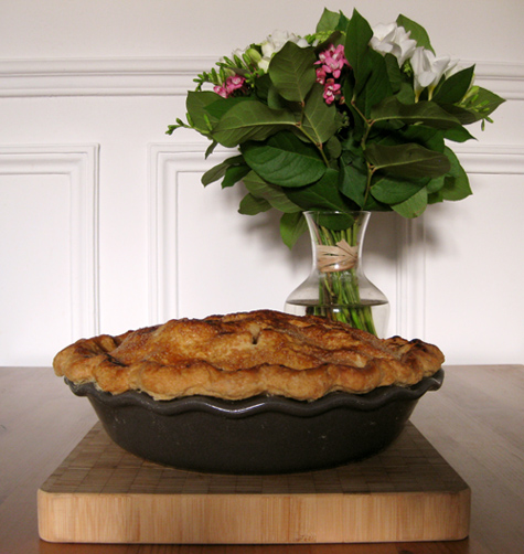 Pie and flowers